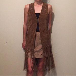 Scully Women's Long Suede Fringe Vest Cinnamon